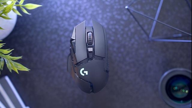 Logitech G502 Wireless Lightspeed, chuột gaming huyền thoại trở lại và lợi hại hơn xưa - Ảnh 3.
