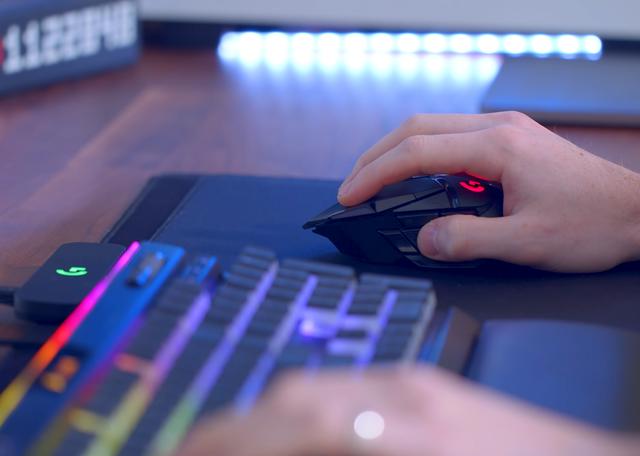 Logitech G502 Wireless Lightspeed, chuột gaming huyền thoại trở lại và lợi hại hơn xưa - Ảnh 5.