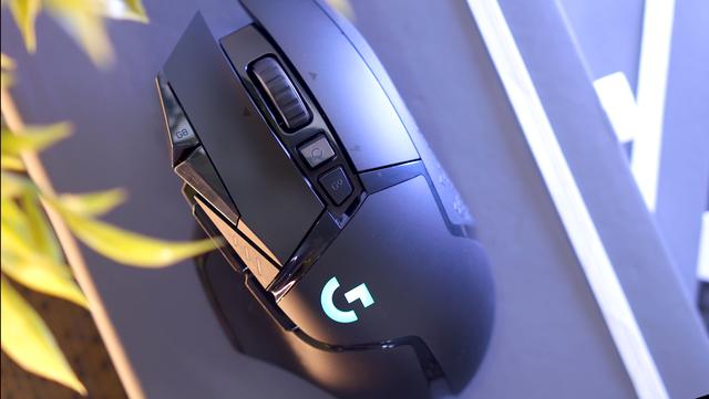 Logitech G502 Wireless Lightspeed, chuột gaming huyền thoại trở lại và lợi hại hơn xưa - Ảnh 7.