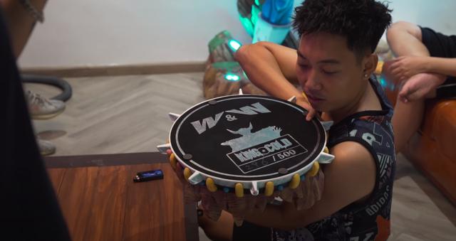 Lên livestream giới thiệu nhà mới, Độ Mixi thu hút gần 250.000 lượt xem trực tuyến, nhìn bộ sưu tập Dragon Ball mà chỉ biết ước - Ảnh 6.