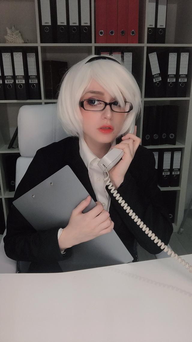 """Cư dân mạng há mồm với phiên bản 2B thư ký văn phòng có tâm hồn to tròn theo phong cách """"phim Nhật"""" - Ảnh 9."""