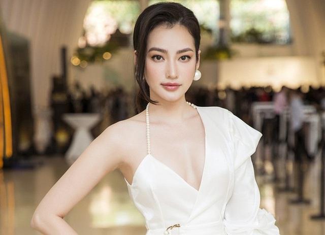 Hot girl Việt - Pháp lọt Top 100 gương mặt đẹp nhất 2020, chỉ cao 1m59 nhưng body sexy, phong cách đầy táo bạo - Ảnh 20.