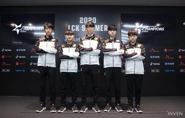Truyền thông Hàn Quốc nhận định thế nào về playoffs LCK Mùa Hè 2020 - T1 sẽ lột xác hoàn toàn - Ảnh 7.