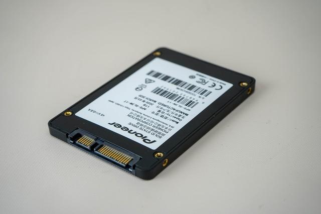 Ngạc nhiên chưa! Trên tay Pioneer SSD SATA III: khi thương hiệu âm thanh đình đám sản xuất đồ IT - Ảnh 3.