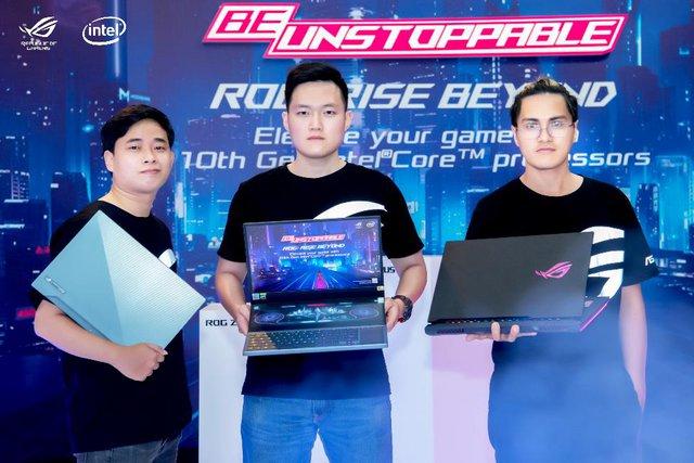 ASUS ra mắt dàn siêu laptop gaming, đỉnh nhất là ROG Zephyrus Duo 15: Core i9 gen 10, màn hình 144-300hz, giá từ 80 triệu đồng - Ảnh 1.