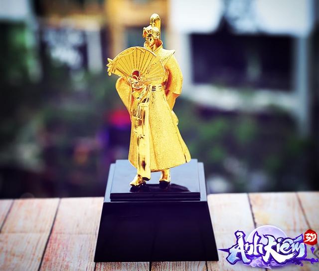 Đại gia bạo chi, cán mốc 70 triệu lực chiến ẵm trọn TOP 1 liên server, suy tôn Đệ Nhất Cao Thủ, tạc tượng vàng 999 duy nhất trong Ảnh Kiếm 3D - Ảnh 3.