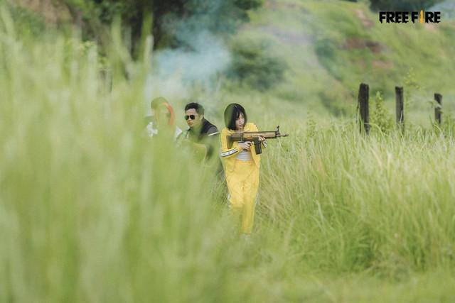 Garena Free Fire tung teaser MV bài hát Sinh Tồn Để Chiến Thắng cực chất, 2 nhân vật chính ngầu khỏi bàn - Ảnh 5.
