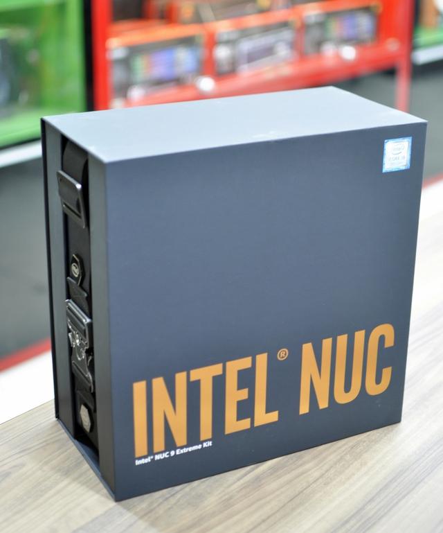 Đập hộp NUC 9 Extreme 9i9 KIT - PC bé như quyển sách nhưng cấu hình siêu khủng: Chip core i9, hỗ trợ VGA RTX 3080! - Ảnh 1.