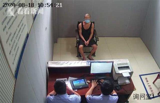 Muốn không làm mà vẫn có ăn, thanh niên IQ vô cực đập máy ATM, chờ cảnh sát đến để được vào tù cho có chỗ ăn, chỗ ở - Ảnh 4.