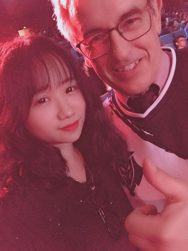 Loạt cao thủ Yasuo Việt Nam cũng bị lu mờ bởi giọng nói ngọt ngào của nữ BLV lần đầu lên sóng VETV - Ảnh 7.