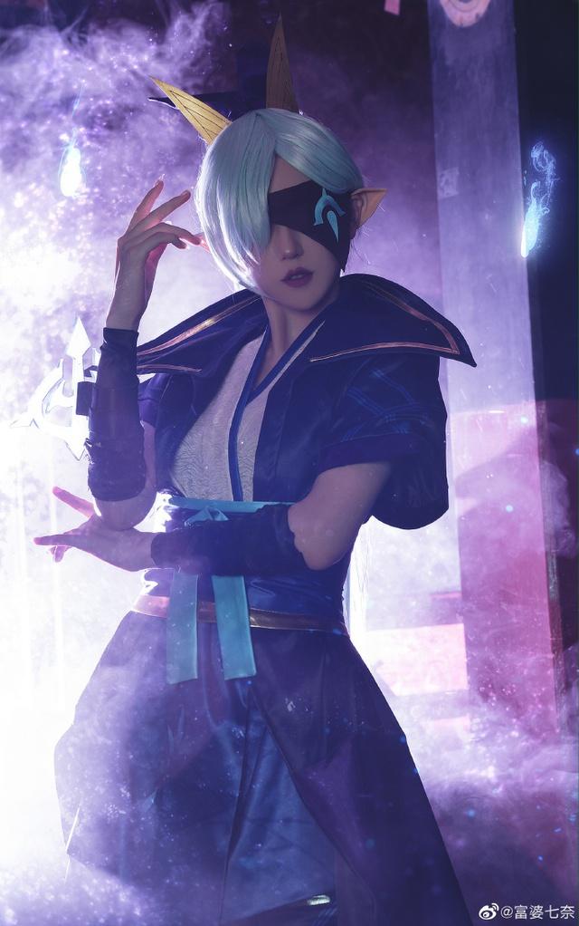 Chiêm ngưỡng loạt ảnh cosplay Vayne Tuyệt Vọng Chi Tiễn thần thái ngút trời của nữ người mẫu Trung Quốc - Ảnh 7.