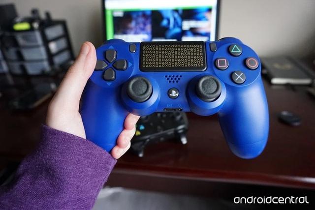Quá trình tiến hóa hơn 20 năm của các đời tay cầm PlayStation - Ảnh 7.