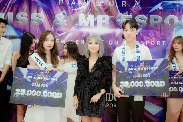 Toàn cảnh buổi Chung kết Mr & Miss Esports 2020 - Ngôi vị King and Queen đã tìm ra chủ nhân xứng đáng - Ảnh 5.