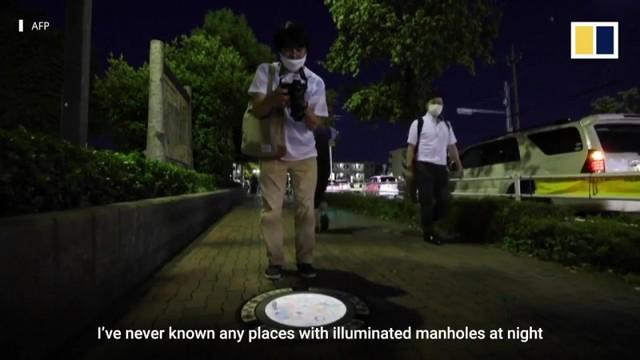 Nhật Bản nâng tầm nắp cống lên đẳng cấp mới khi trang bị đèn LED in hình anime, có nguyên đội bảo vệ tới 2h sáng đề phòng... bị lấy cắp - Ảnh 10.