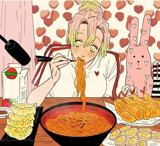 Mitsuri không phải là cô gái kén ăn, cái gì nàng ăn cũng rất ngon lành
