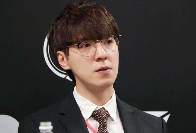 Gấu mẹ kkOma bất ngờ chia tay Vici Gaming chỉ sau 1 năm, fan lập tức kêu gọi: Xin hãy trở về, T1 cần anh - Ảnh 3.