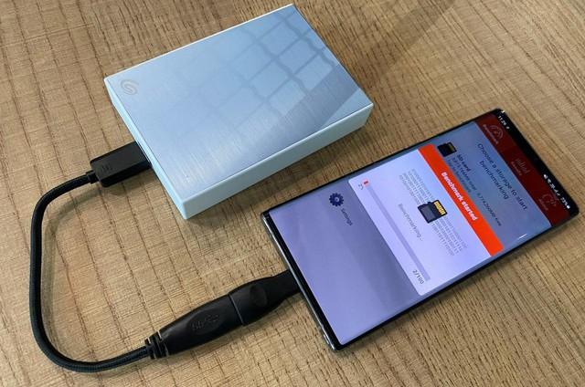 Trên tay và đánh giá chi tiết ổ cứng gắn ngoài Seagate Backup Plus Portable 4TB – Nhỏ gọn, tiện dụng và phong cách - Ảnh 9.