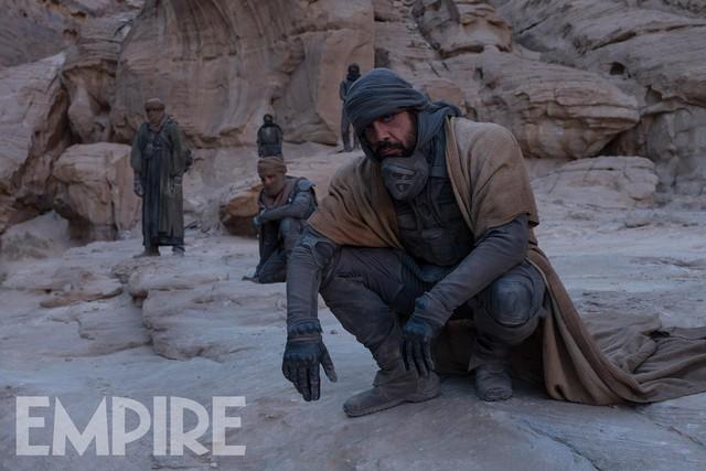 """Siêu phẩm """"Dune"""" nhá hàng trailer đầu tiên: Cả dàn sao của vũ trụ Marvel, DC lẫn Kinh dị tập hợp bên """"cực phẩm nhan sắc"""" Timothée Chalamet - Ảnh 9."""