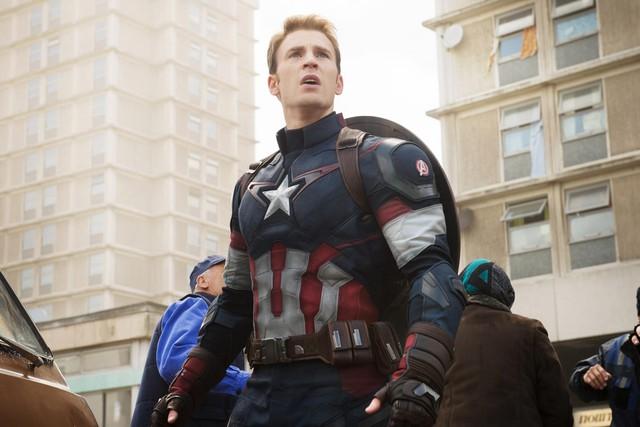 """Captain America suýt đóng chính và hàng loạt sự thật không ngờ về siêu phẩm tận thế """"Greenland"""" - Ảnh 1."""