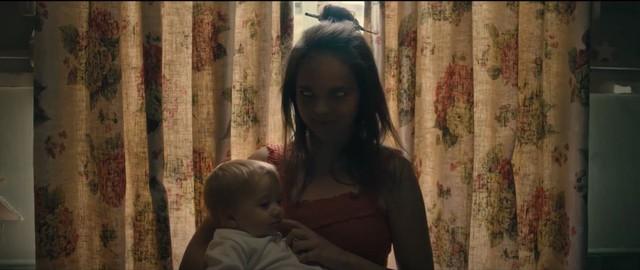 Mượn Xác - Khi ác quỷ đội lốt những người thân yêu khiến nỗi sợ càng trở nên ám ảnh - Ảnh 4.