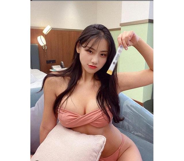 Bị cộng đồng mạng chê béo, nàng hot girl vẫn tăng follow vù vù nhờ vào vòng một đẹp phồn thực - Ảnh 4.