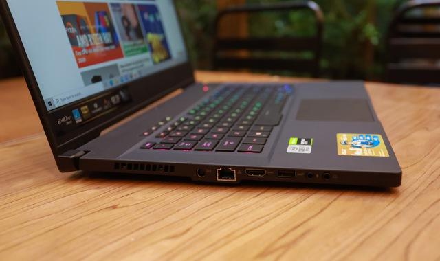 Laptop Asus ROG Zephyrus M15 - Laptop gaming mạnh mẽ nhưng vẫn mỏng nhẹ như người mẫu - Ảnh 5.