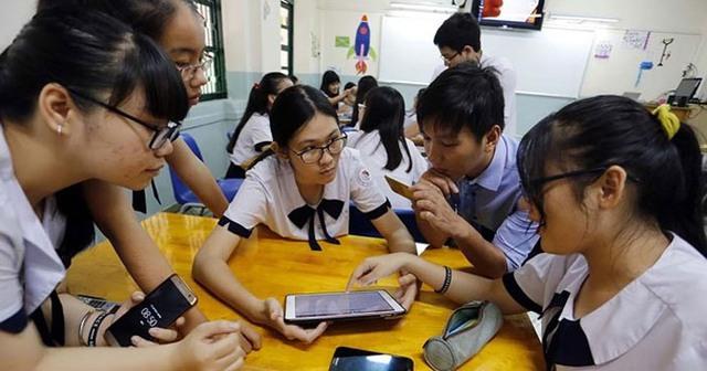 Chính thức cho phép học sinh dùng điện thoại trong giờ học, nhưng chớ vội vui mừng, mọi thứ không như trong mơ - Ảnh 1.