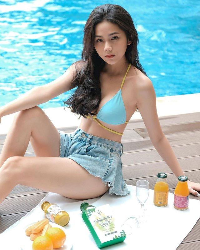 Lên hẳn báo nước ngoài vì ảnh nội y gợi cảm, hot girl Việt sở hữu số đo 3 vòng 90-60-89 khiến fan trầm trồ về nhan sắc - Ảnh 10.