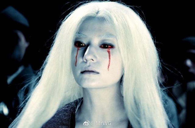 Loạt mỹ nhân Hoa ngữ đọ độ quyến rũ trong tạo hình tóc trắng - Ảnh 2.