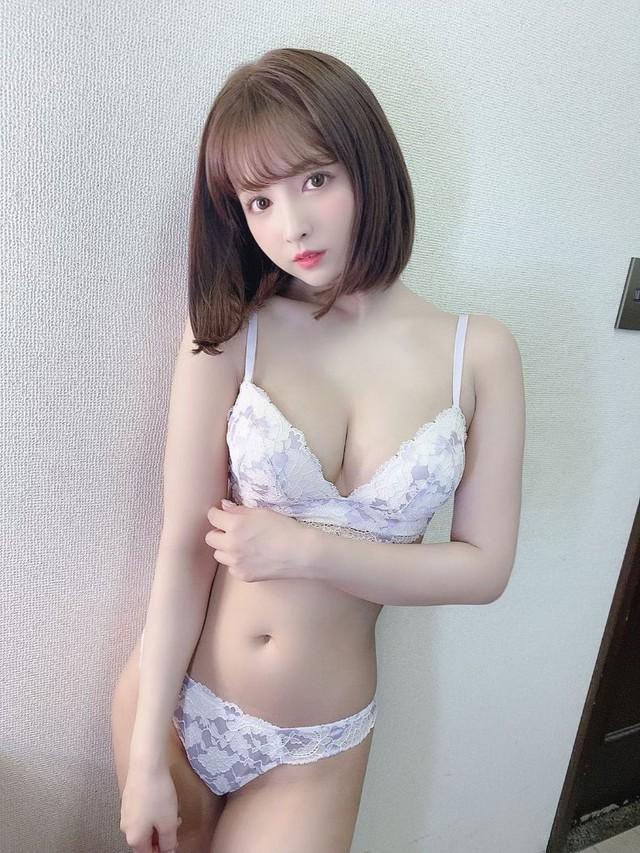 Đăng ảnh tắm nude cực táo bạo lên trang cá nhân, Yua Mikami khiến các fan đỏ mặt, không dám nhìn thẳng - Ảnh 9.