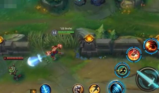 Tranh cãi trước những rò rỉ về gameplay đơn giản của LMHT: Tốc Chiến - Jarvan combo chỉ với một nút, Lee Sin bấm vào mắt là auto hộ thể - Ảnh 4.