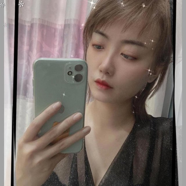 Thật khó tin, tựa game mà nhiều người Việt ghét bỏ lại có những nữ HLV xinh đẹp và bốc lửa như thế này - Ảnh 4.