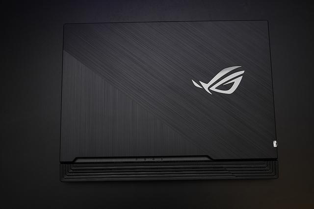Laptop gaming ROG Strix G15: Bản nâng cấp đáng giá, sức mạnh đến từ phong cách tối thượng - Ảnh 8.