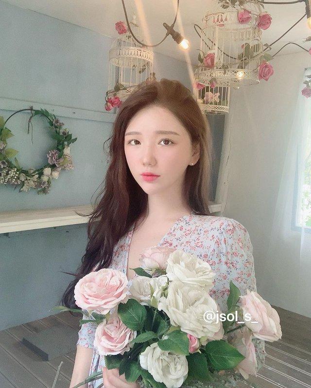 Mặt xinh dáng đẹp, hot girl siêu vòng 3 Hàn Quốc khiến fan sốc nặng khi từ bỏ tất cả để đi du học thạc sĩ - Ảnh 5.