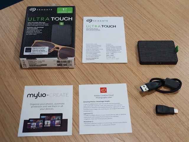 Đánh giá chi tiết Seagate Ultra Touch SSD: Ổ cứng gắn ngoài siêu nhanh tiện lợi, thiết kế vải dệt độc lạ đầu tiên và duy nhất trên thế giới - Ảnh 1.