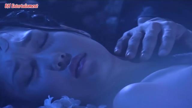 Có 1 cảnh nóng 18+ trong truyện Kim Dung, ám ảnh đến nỗi các nhà làm phim không dám tái hiện - Ảnh 4.