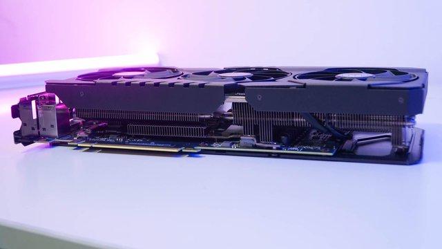 Đập hộp và đánh giá nhanh ASUS TUF RTX 3080 10G GAMING: Chiếc card đồ hoạ 'ngon bổ rẻ' tới bất ngờ - Ảnh 7.