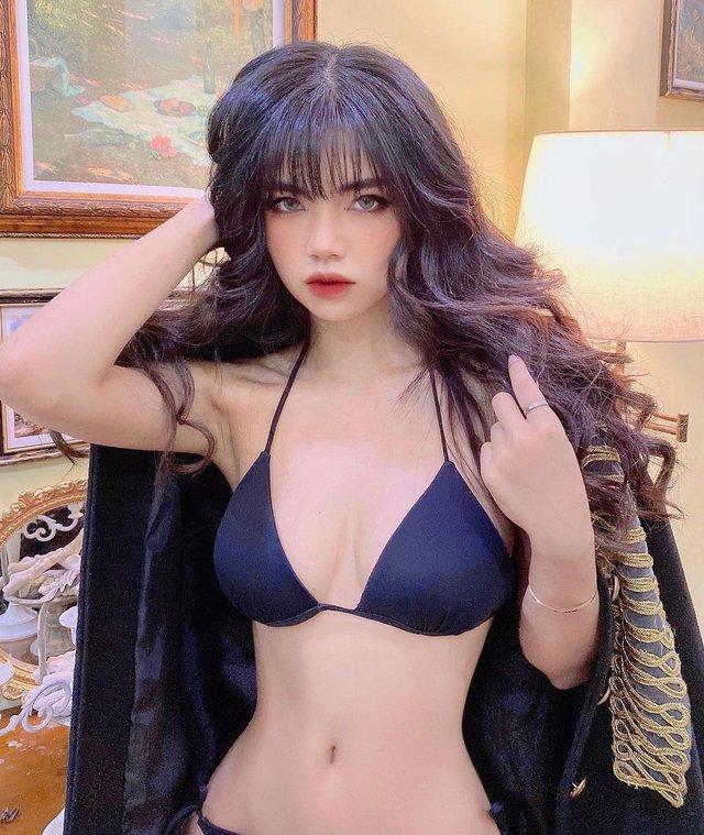 Lộ diện ứng viên thay thế Minh Nghi tại VCS 2021 - Nữ MC sở hữu body nóng bỏng mắt do chính Pelu tuyển chọn - Ảnh 8.