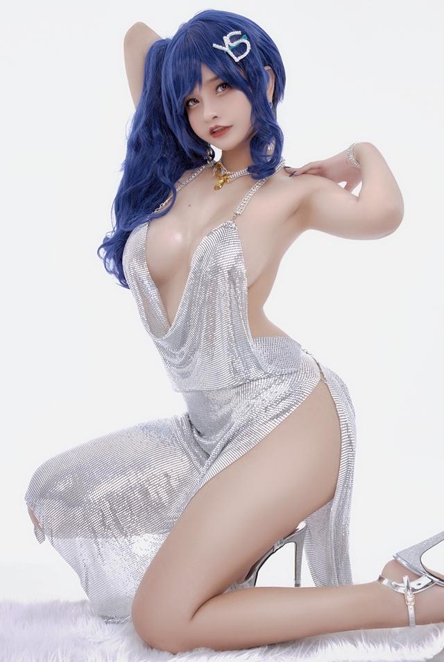 Nữ coser Việt sở hữu tâm hồn khủng lại khiến anh em 1 phen ná thở Photo-1-16106978209111243367818