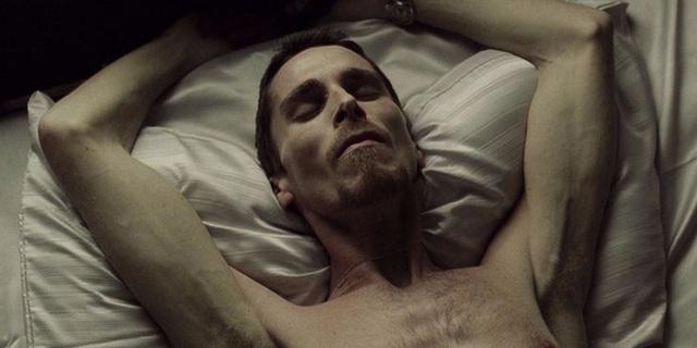 Bái phục khả năng biến hình của Christian Bale khi đóng phim Photo-1-1610865907995572852594