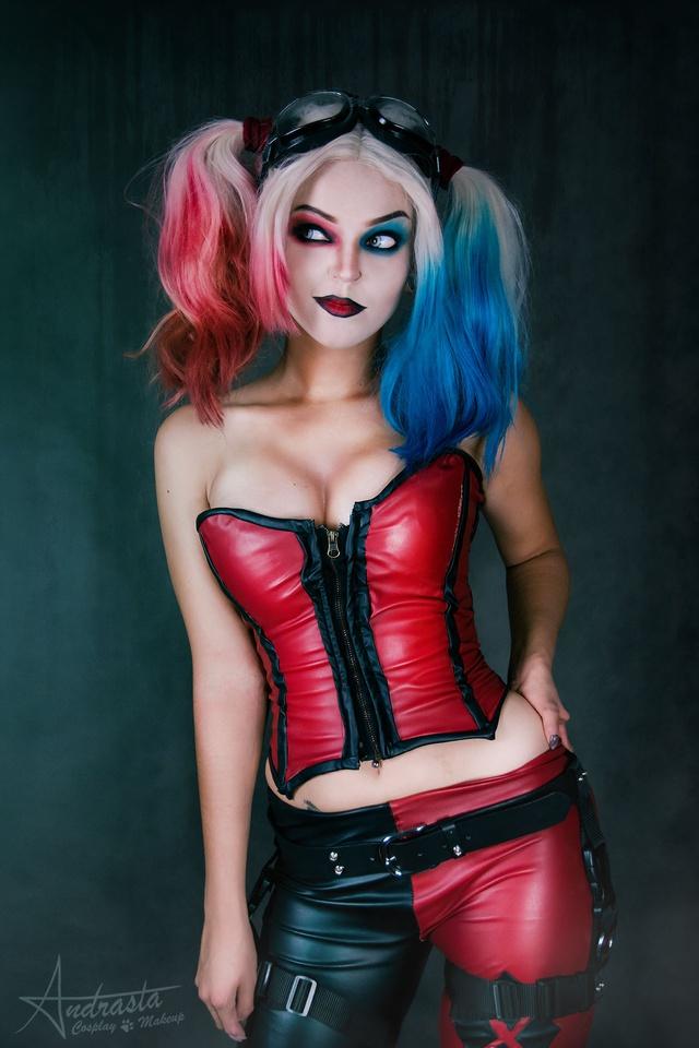 Ngắm cosplay nàng hề Harley Quinn nóng bỏng đến nỗi fan chỉ biết biết tặc lưỡi, chép miệng - Ảnh 10.