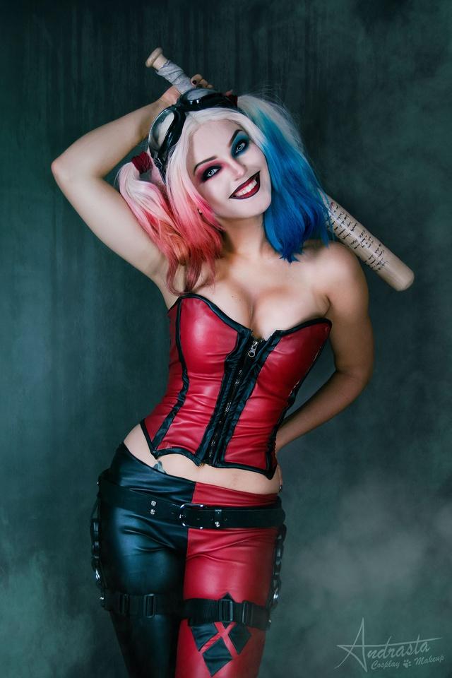 Ngắm cosplay nàng hề Harley Quinn nóng bỏng đến nỗi fan chỉ biết biết tặc lưỡi, chép miệng - Ảnh 11.