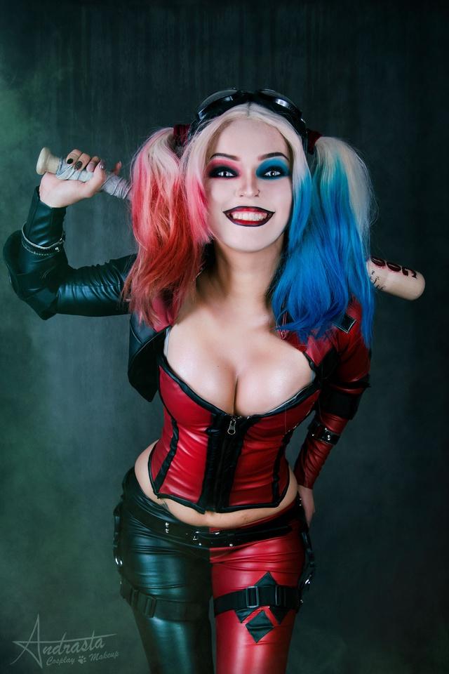 Ngắm cosplay nàng hề Harley Quinn nóng bỏng đến nỗi fan chỉ biết biết tặc lưỡi, chép miệng - Ảnh 4.