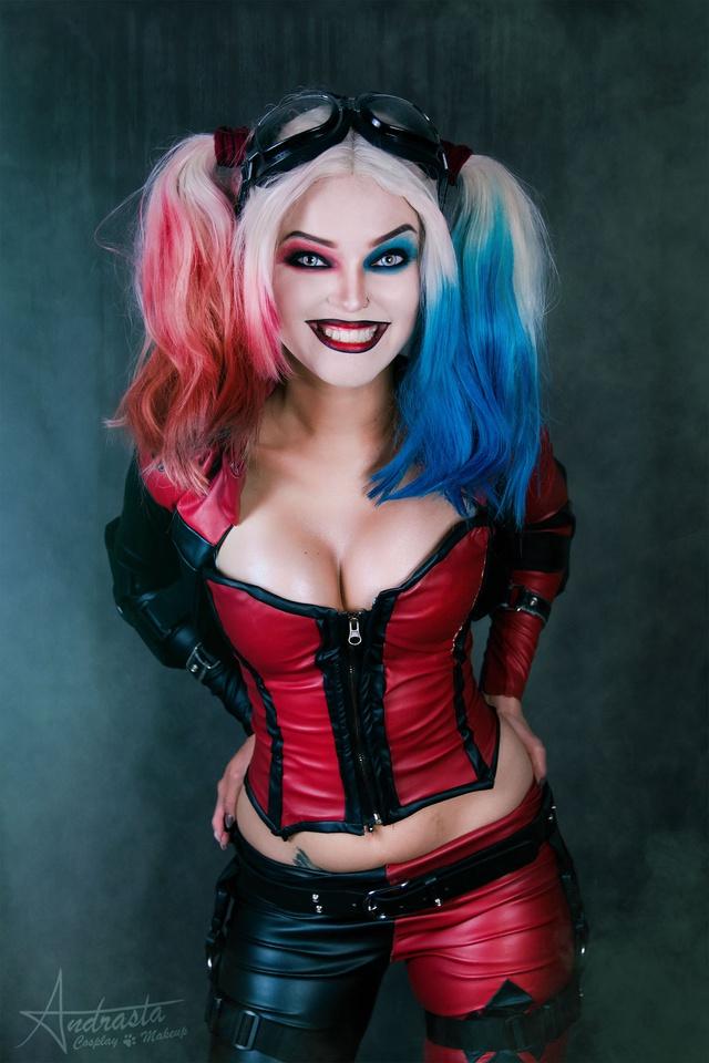 Ngắm cosplay nàng hề Harley Quinn nóng bỏng đến nỗi fan chỉ biết biết tặc lưỡi, chép miệng - Ảnh 9.