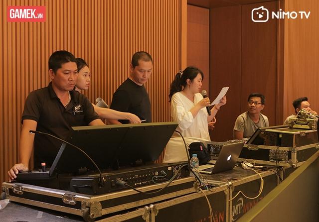 Tổng duyệt NimoTV Gala: Sân khấu hoành tráng, hơn 60 người làm việc trong vòng 48 giờ! - Ảnh 4.