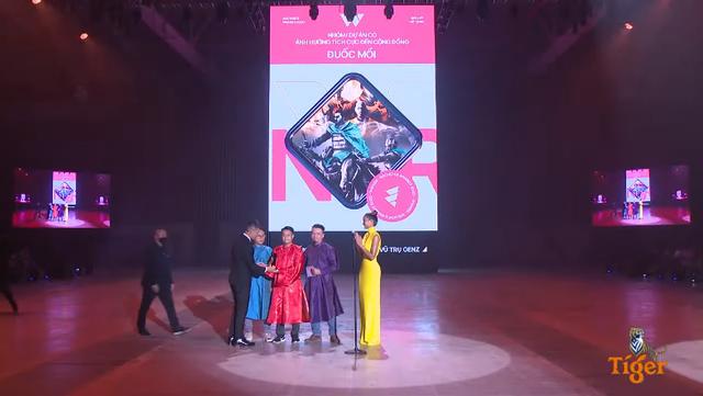 [Trực tiếp] Gala Wechoice Awards 2020: Nam Blue chiến thắng hạng mục Streamer của năm - Ảnh 11.