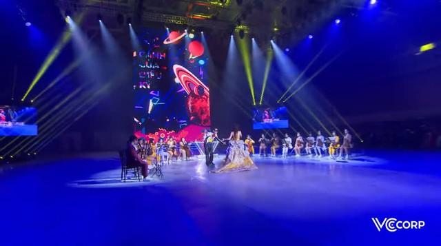 [Trực tiếp] Gala Wechoice Awards 2020: Nam Blue chiến thắng hạng mục Streamer của năm - Ảnh 10.