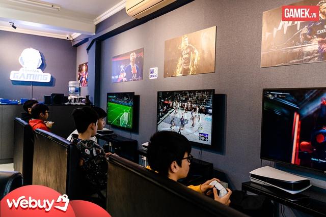 Cận cảnh quán PS5 siêu xịn xò đầu tiên tại Hà Nội - Ảnh 5.