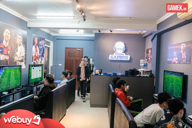 Cận cảnh quán PS5 siêu xịn xò đầu tiên tại Hà Nội - Ảnh 6.