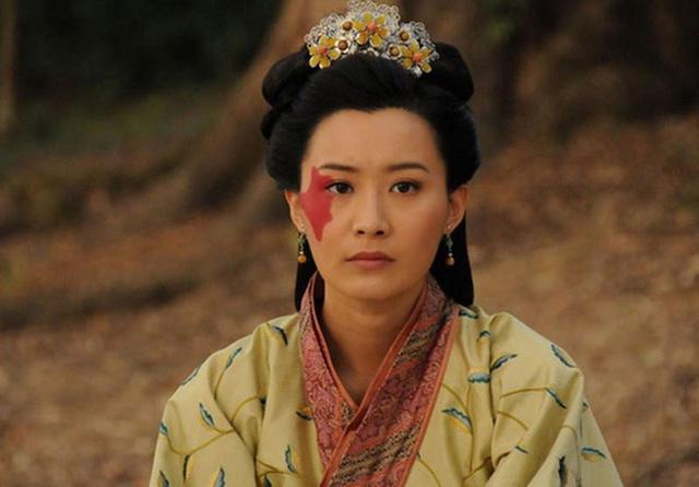5 người phụ nữ xấu nhất lịch sử Trung Hoa phong kiến: Dung mạo trái ngược phận đời, dù không phải hồng nhan vẫn được hậu thế ngợi ca - Ảnh 2.